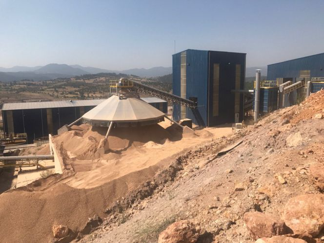 Ariana Resources Exceeds Its Quarterly Gold Production